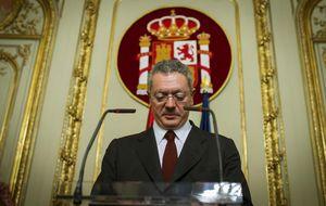 Gallardón, a las órdenes de González: se estrenó en el Consejo consultivo el jueves