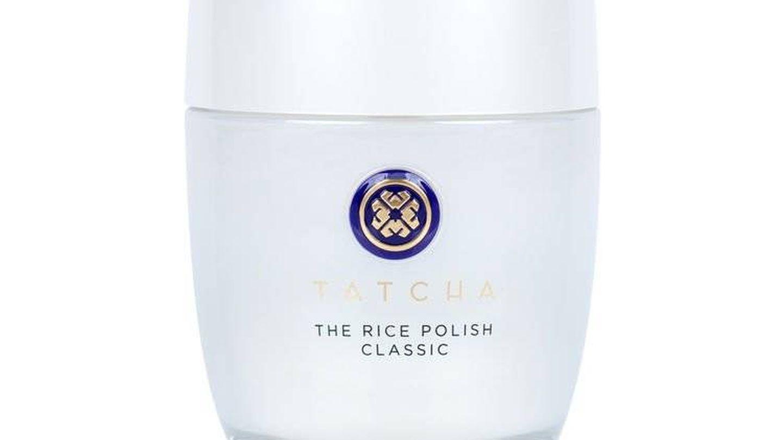 Este es The Rice Polish, de Tatcha. A la venta en Amazon por 80 €.