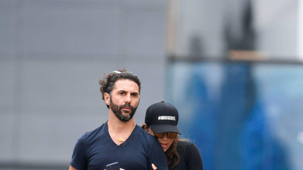 Foto:  Eva Longoria, con su marido, Pepe Bastón. (Gtres)