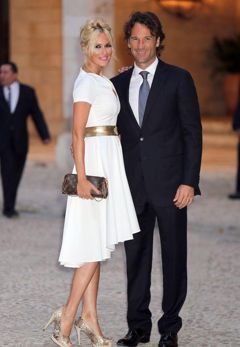 Foto: El extenista Carlos Moyá y la presentadora Carolina Cerezuela, en una imagen de archivo (Gtres)