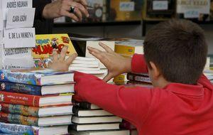 Los jóvenes prefieren leer en papel, pero el resto de su ocio lo consumen 'online'