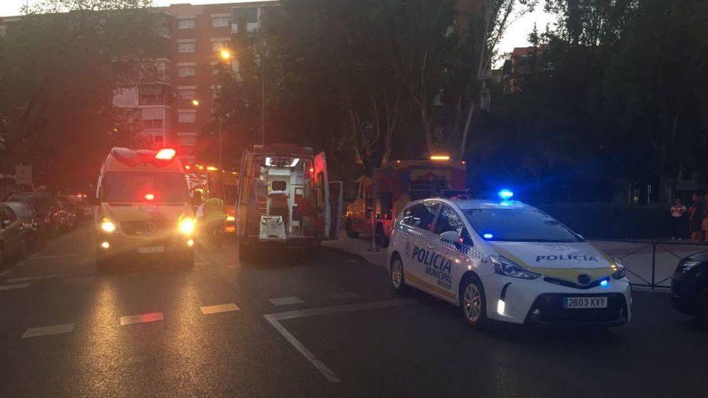 Dos menores detenidos y uno fugado tras atropellar a tres personas en Moratalaz