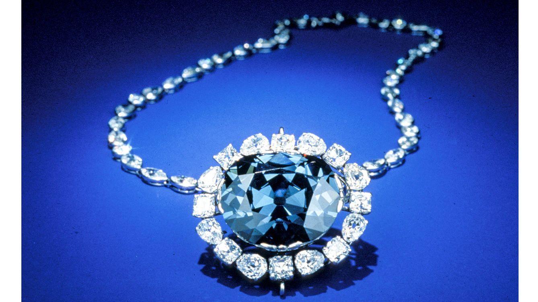 Foto: El Diamante Azul, ahora llamado 'Diamante Hope', con su montaje actual, lo compró Harry Winston y lo donó al Instituto Smithsonian de Washington.