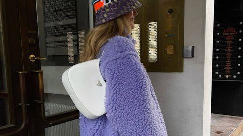 Este bolso de Prada ya es el más perseguido por las expertas de moda para 2021