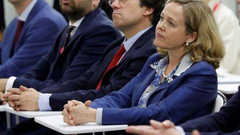 Calviño anuncia que el Gobierno revisará al alza la previsión de crecimiento del PIB
