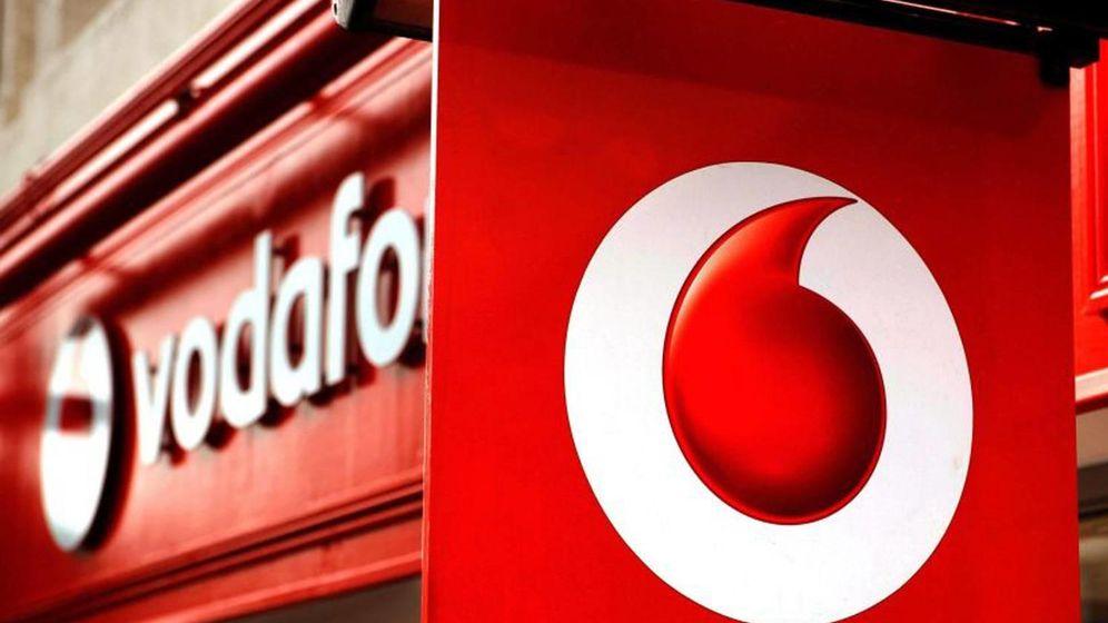 Foto: Solo los clientes que más pagan en Vodafone y Yoigo tendrán llamadas con WhatsApp