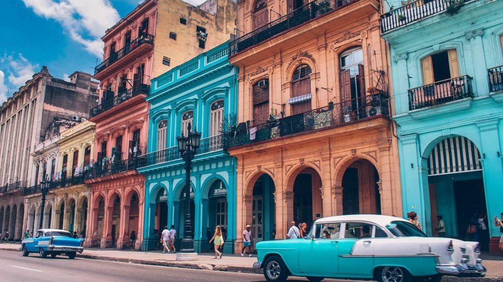 Foto: Una de las coloridas calles de La Habana. (Unsplash)