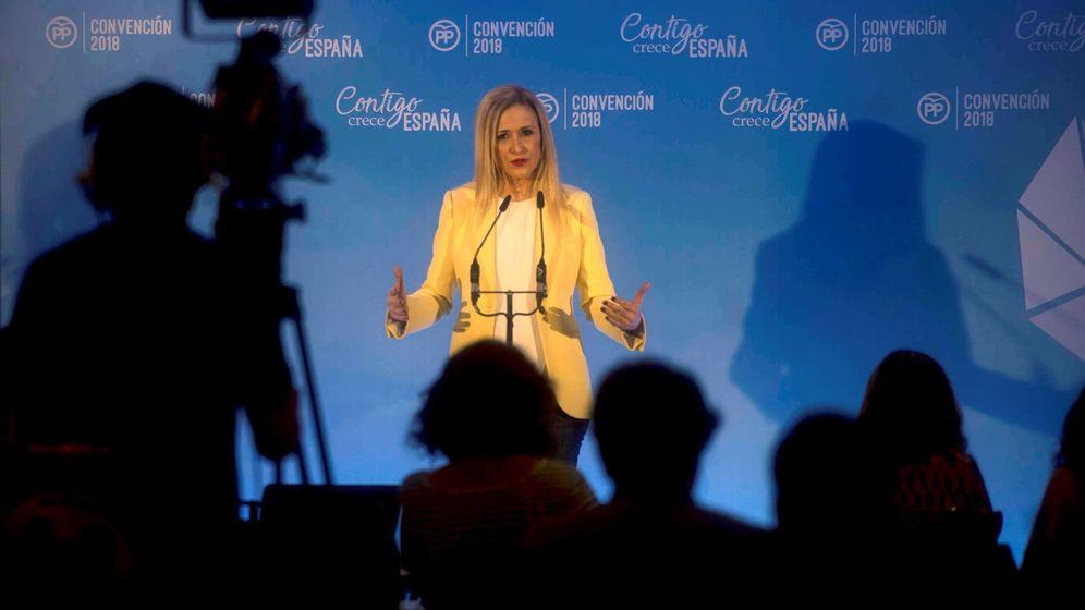 Foto: La presidenta de la Comunidad de Madrid, Cristina Cifuentes, durante su intervención en la convención nacional del Partido Popular. (EFE)