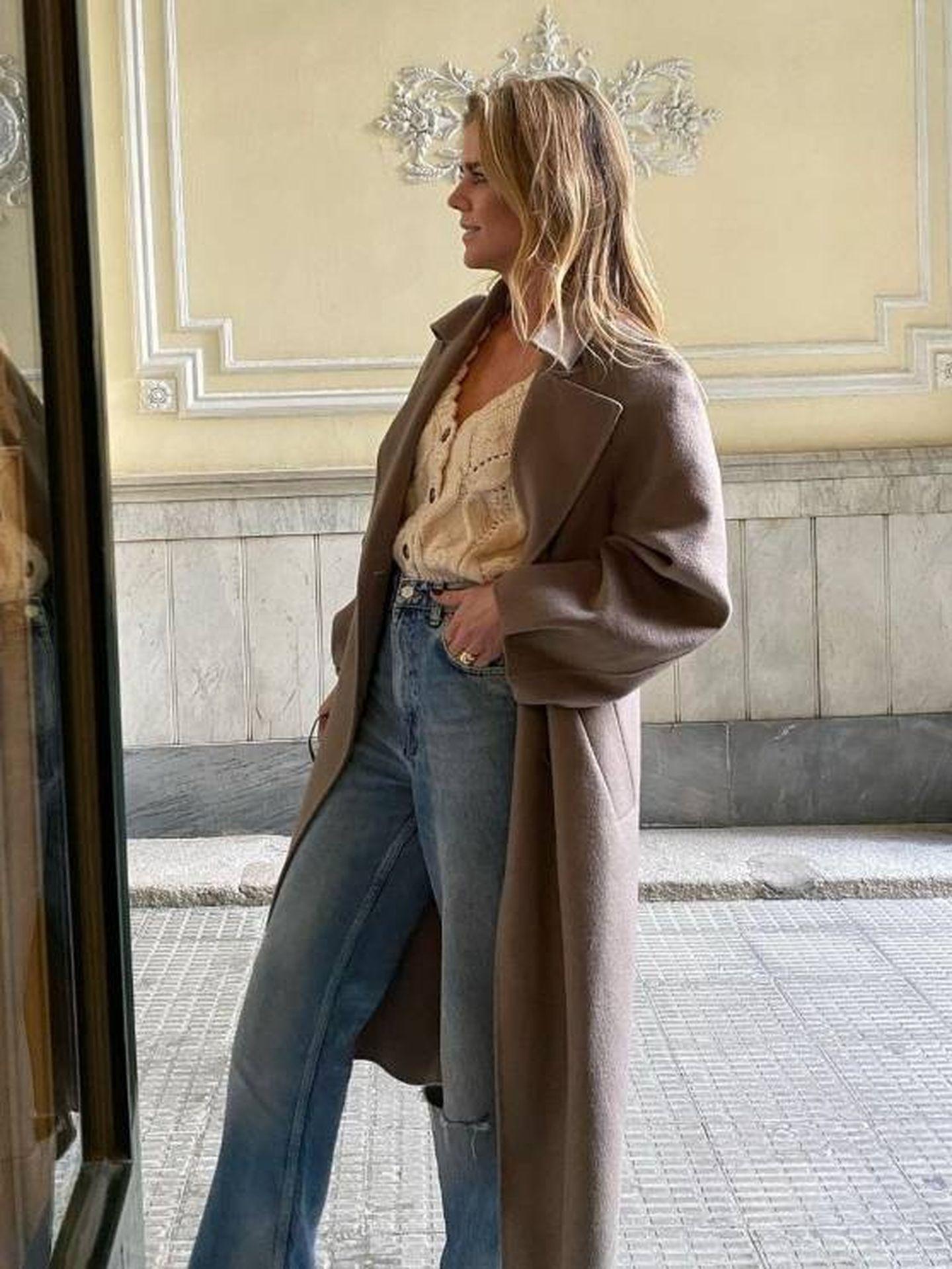 Amelia Bono y su look con básicos de Zara. (Instagram @ameliabono)