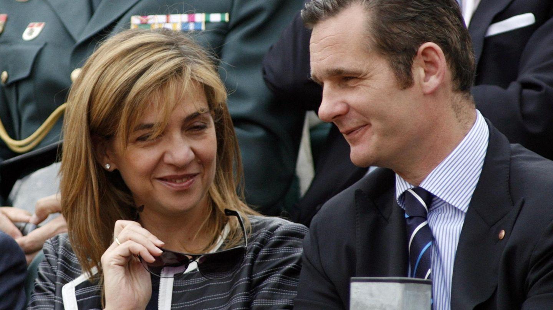 La infanta Cristina y su marido, Iñaki Urdangarin, en el Trofeo Conde de Godó de tenis. (Reuters)