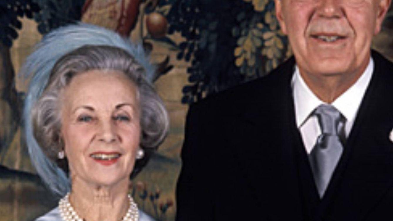 Un amor clandestino que duró 33 años: la increíble historia del príncipe Bertil de Suecia y Lilian May Davies