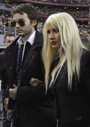 Christina Aguilera y su novio, detenidos por conducir ebrios