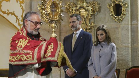 Doña Letizia, sofisticada y clásica en uno de sus pocos actos religiosos