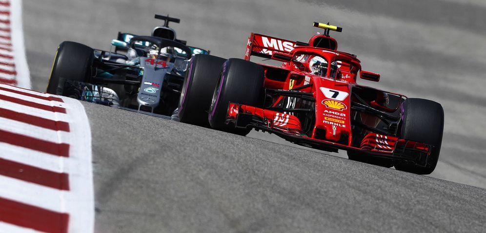 Foto: Hamilton persiguiendo a Kimi Raikkonen en 2018. (EFE)