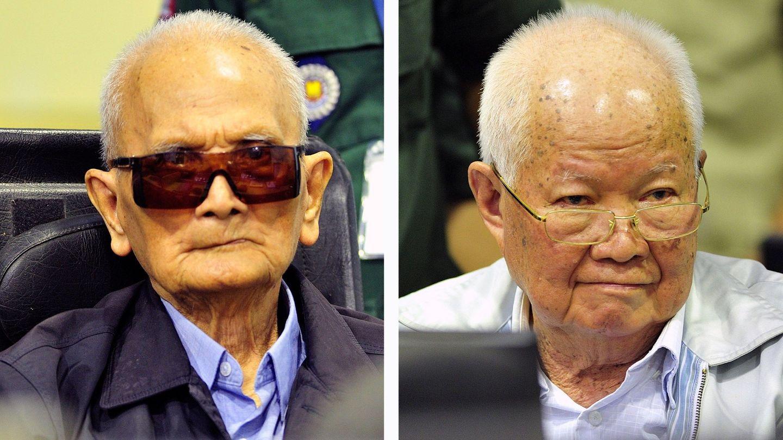 Nuon Chea y Khieu Samphan en la sala del tribunal en Phnom Penh, el 16 de noviembre de 2018. (EFE)