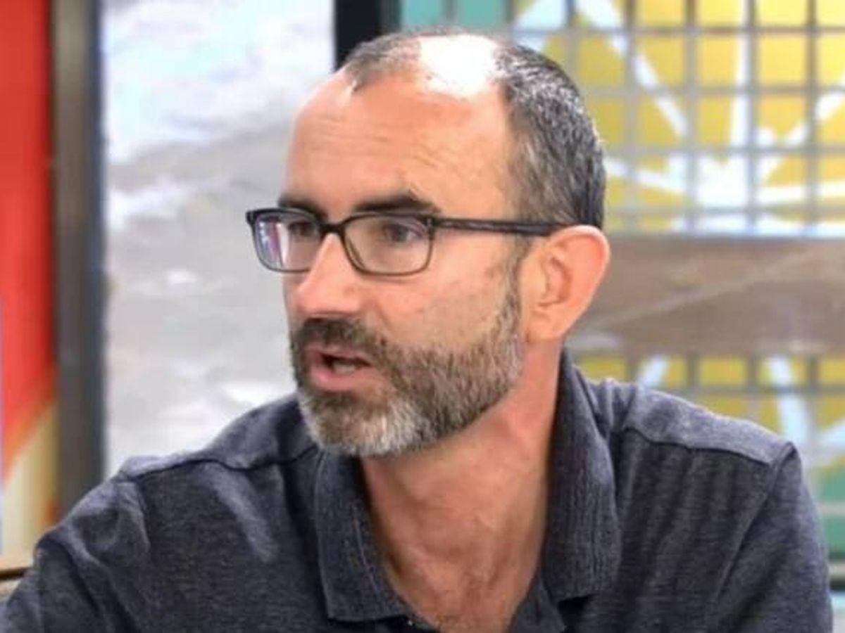 Foto: El psicólogo Rafael Santandreu en 'Sálvame'. (Mediaset)