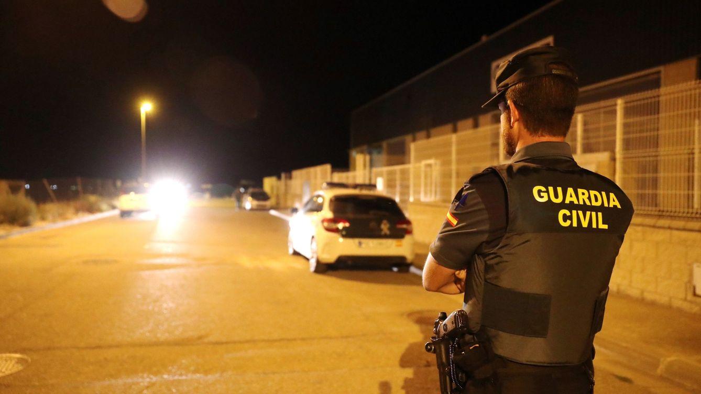 Juzgan a un vecino de Zaragoza por acosar a policías y guardias civiles