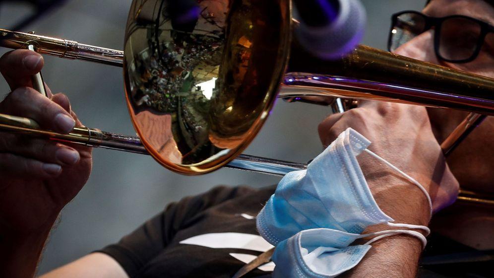 Foto: El trombonista Toni Belenguer en el Festival de Jazz de San Sebastián. (Efe)