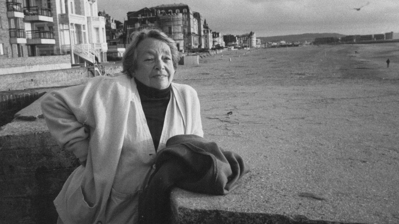 Ahora se cumplen también 25 años de la muerte de Marguerite Duras. (EFE)