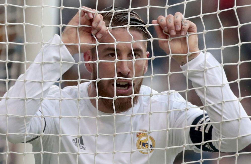 Foto: Sergio Ramos, durante el partido que el Real Madrid disputó este sábado en Riazor. (EFE)