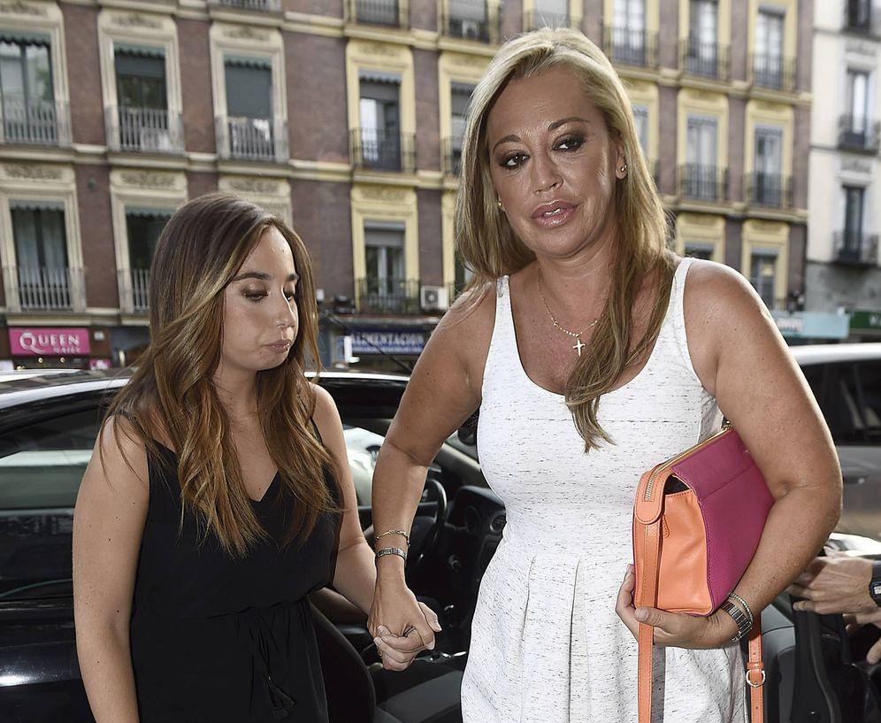 Foto: Andrea Janeiro y Belén Esteban en una imagen de archivo. (Gtres)