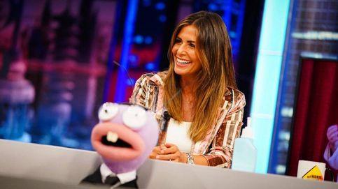 Nuria Roca sucumbe a las zapatillas deportivas que arrasaron en ventas por solo 19 euros