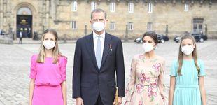 Post de Leonor y Sofía se estrenan en Santiago de Compostela: su visita con los reyes