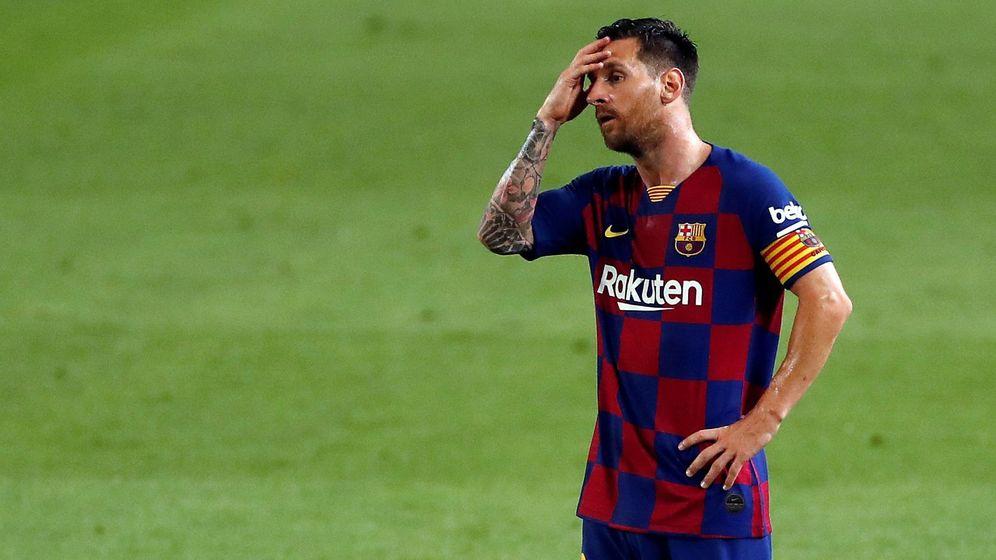 Foto: Messi, con gesto de decepción, en el partido contra Osasuna. (EFE)