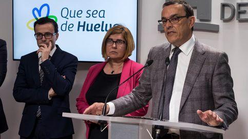 El PSOE mantiene en sus cargos al líder de Huelva imputado por soborno a concejales