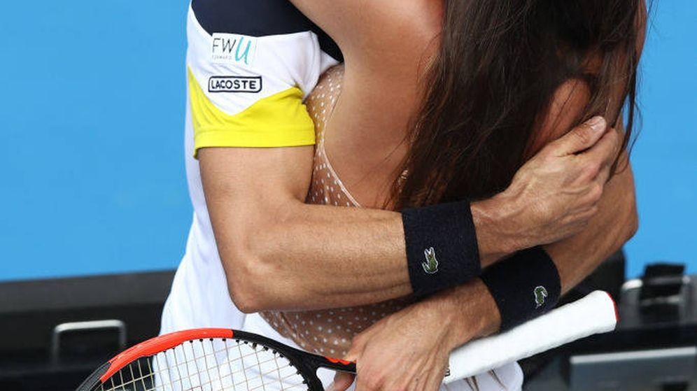 Foto: Roberto Bautista y su novia, Ana Bodí Tortosa, en una imagen de archivo. (Getty)
