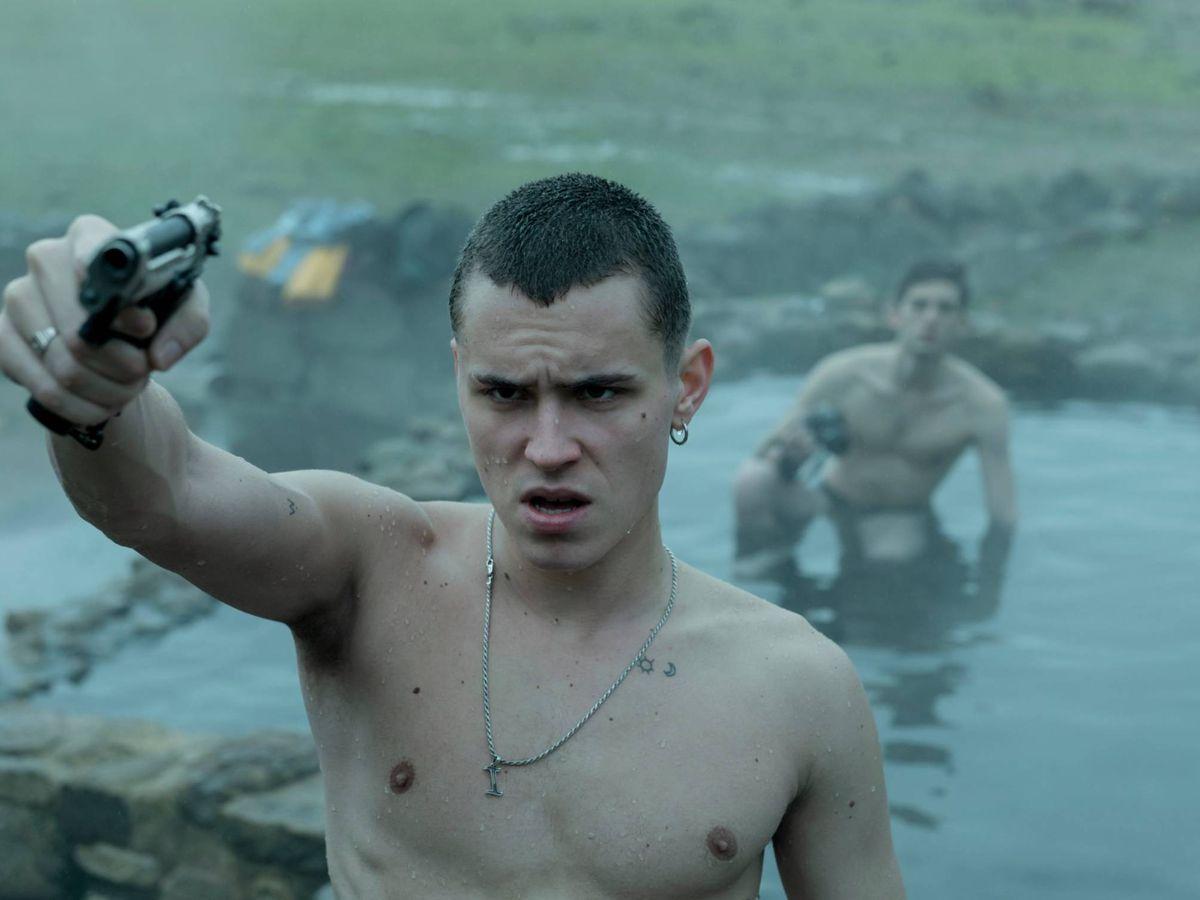 Foto: Aron Piper, en 'El desorden que dejas'. (Netflix)