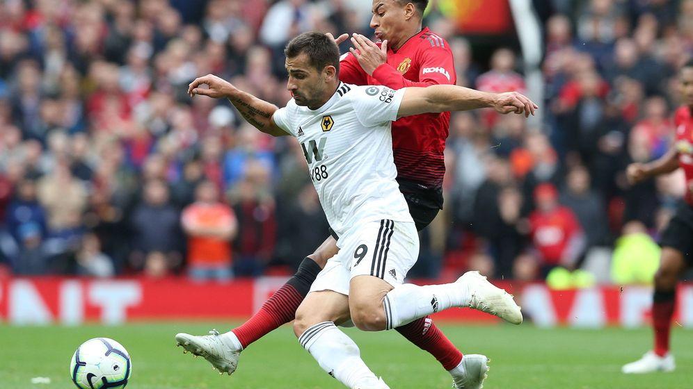 Foto: Jonny Otto, este año, frente al Manchester United. (EFE)