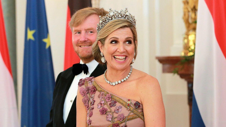 La reina Máxima, con la tiara Stuart y los pendientes procedentes de ella. (EFE)
