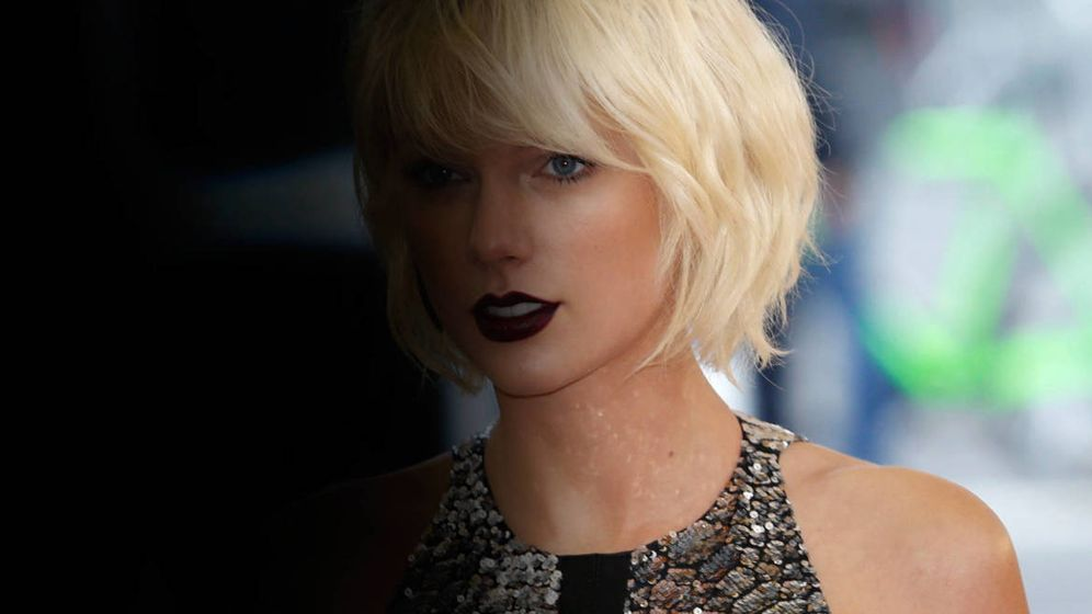 Foto: La cantante Taylor Swift en una imagen de archivo. (Fotomontaje: Vanitatis)