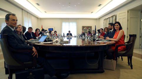 El primer Consejo de Ministros y de Ministras de Pedro Sánchez, en imágenes