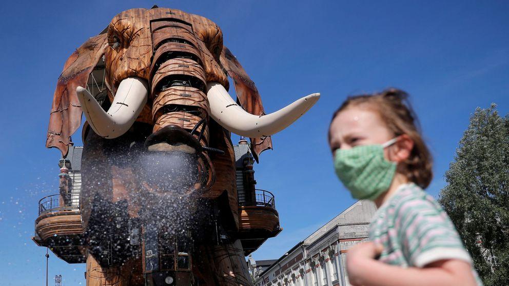 El elefante más famoso de Nantes vuelve a sorprender a los turistas tras la cuarentena