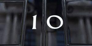 Gordon Brown anuncia su dimisión como primer ministro británico para que Cameron forme Gobierno