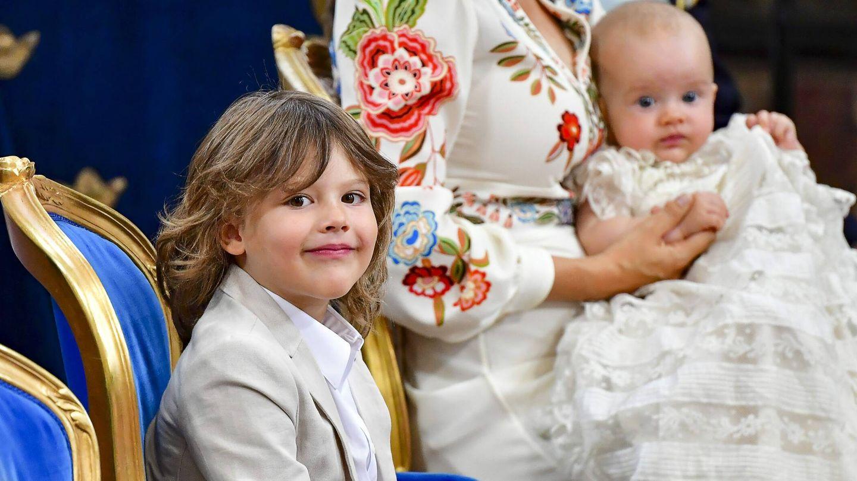 Alexander junto a su hermano, Julian de Suecia, en el bautizo de este último. (CP)