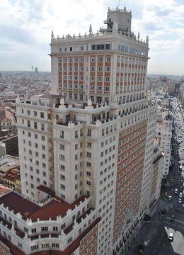 Foto: Edificio España. (E. Sanz)