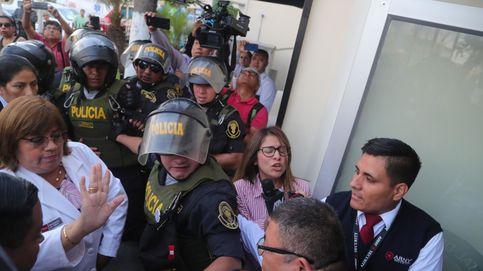 El expresidente peruano Alan García se dispara cuando iba a ser detenido