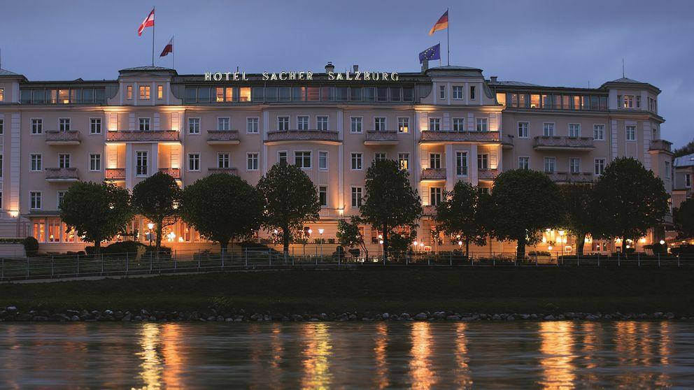 Una cena en el Hotel Sacher con vistas sobre la barroca Salzburgo