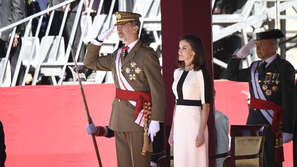 Foto:  Los Reyes en el aniversario de la Guardia Civil. (Limited Pictures)