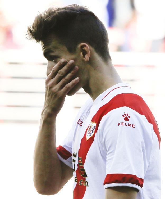 Foto: Diego Llorente, jugador del Rayo Vallecano.