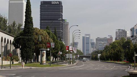 Obras, asfaltado y estaciones de Metro cerradas: la 'odisea' de un agosto en Madrid