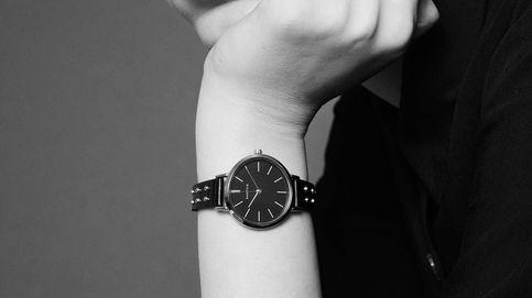 Parfois sabe que las tachuelas están de moda y este reloj exclusivo es la prueba