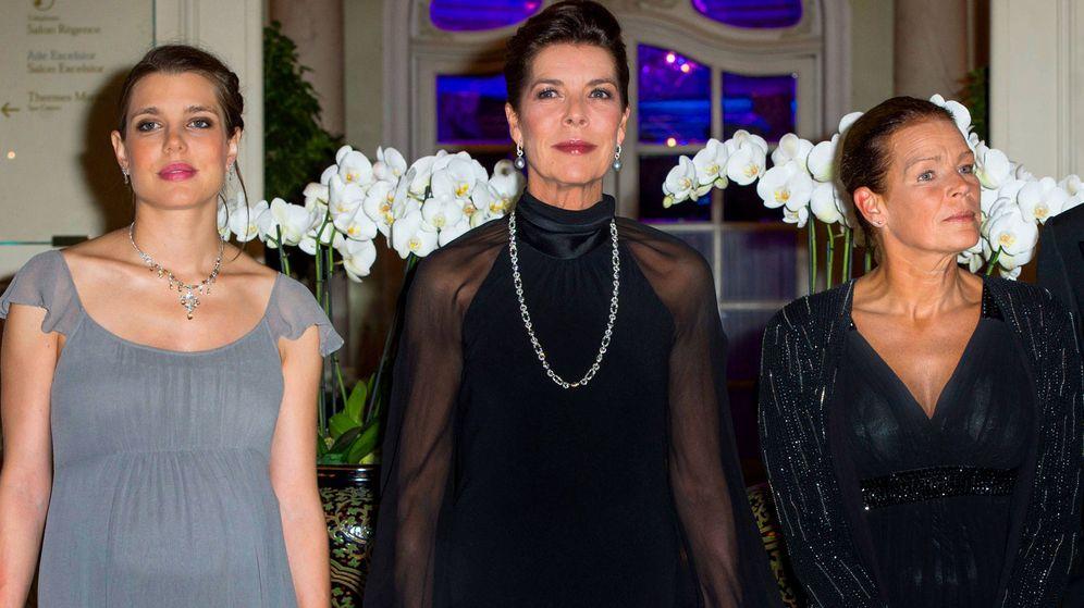Foto:  Carlota, Carolina y Estefanía de Mónaco. (Getty)