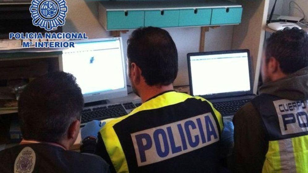 Foto: Policía española luchando contra la pedofilia en Internet. Foto: EFE