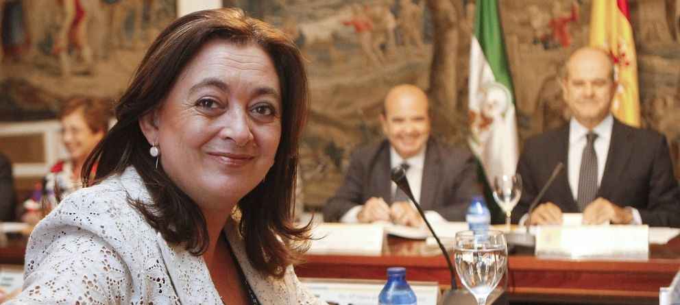 Foto: La exconsejera Mar Moreno y al fondo a la izquierda el diputado Gaspar Zarrías (EFE)