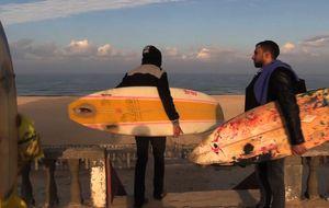 Surfeando la Franja de Gaza