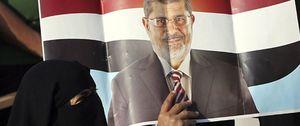 Hermanos Musulmanes afirma que Mursi ha sido trasladado al Ministerio de Defensa